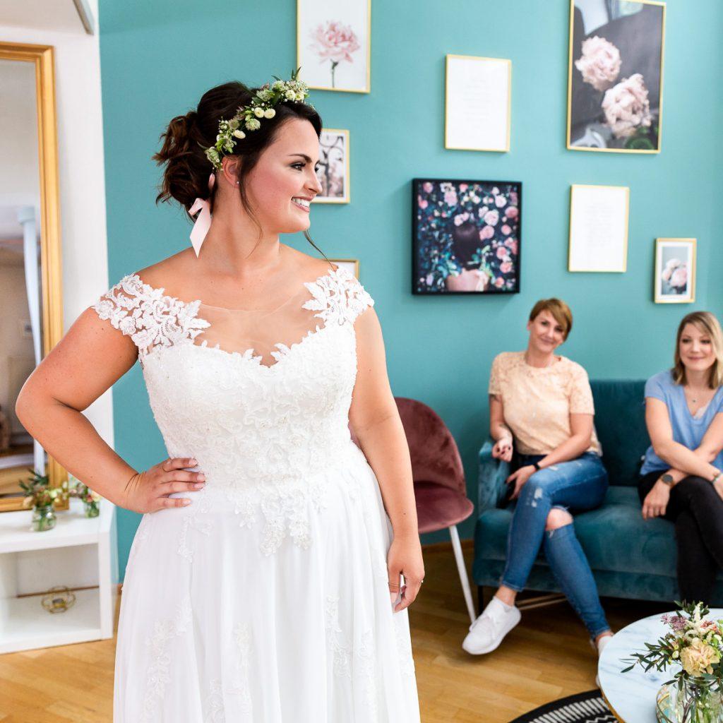 Curvy Bride Jacky aus Kiel