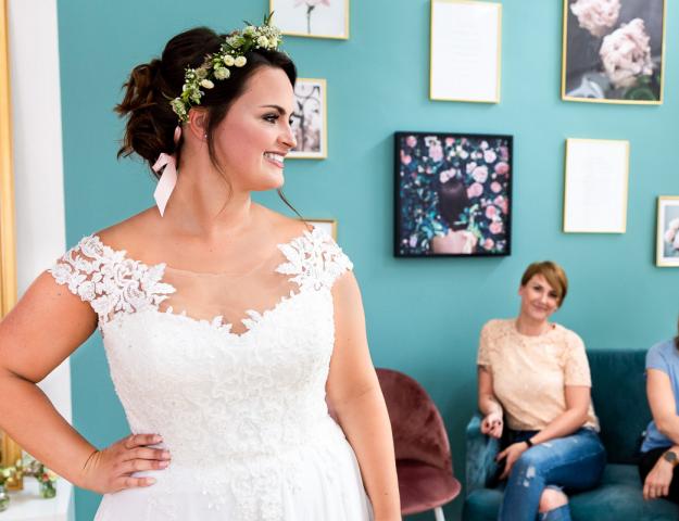 Selbstliebe Curvy bride