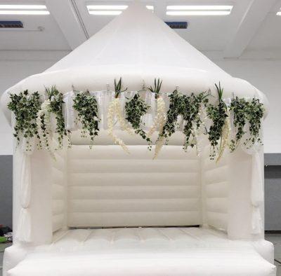 Hüpfburg für Erwachsene Hüpfburg auf Hochzeit