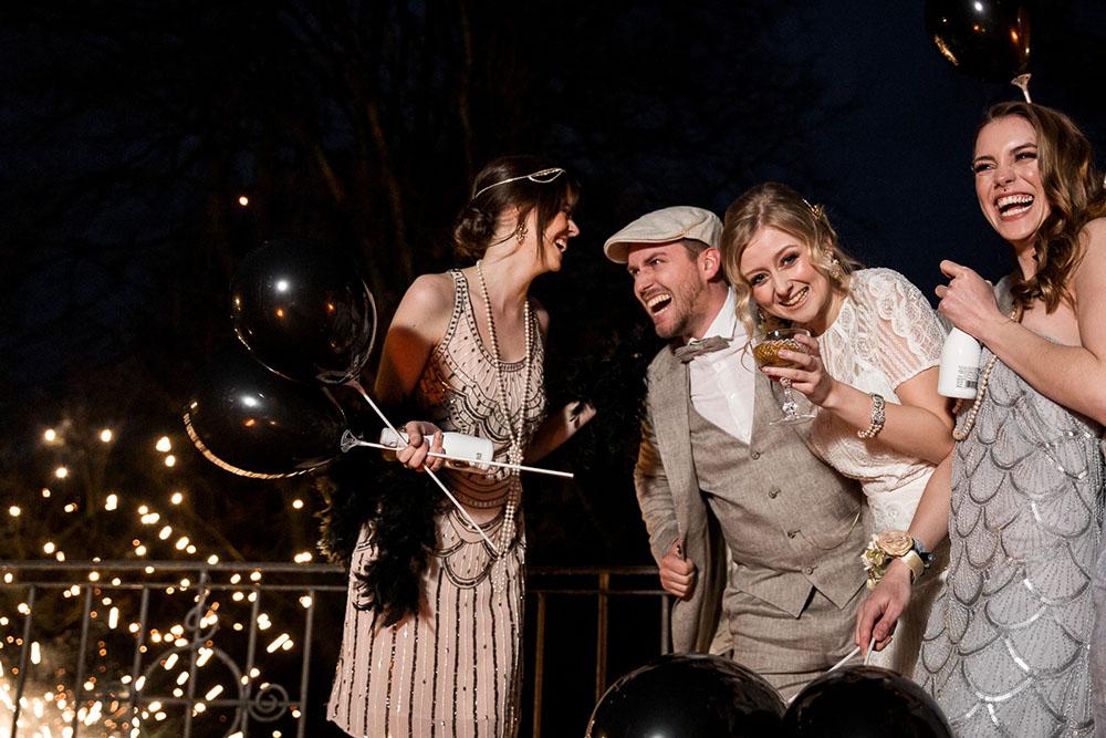20er-Jahre Hochzeit zur Silvesterparty